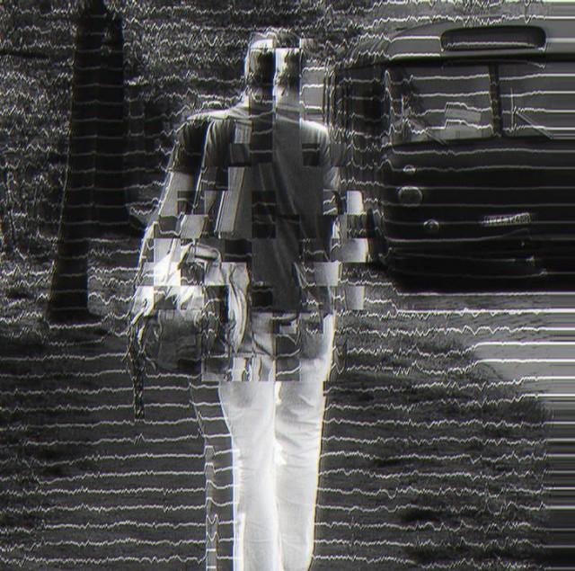 Glitched Alexander Ton - Auf seinem Weg - Glitched Art